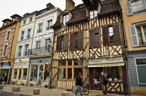 image france-champagne-troyes-0010-jpg