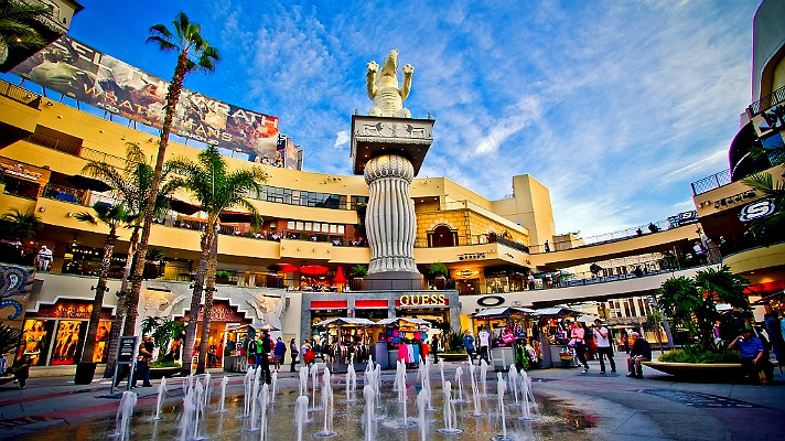 hollywood-highland-courtyard